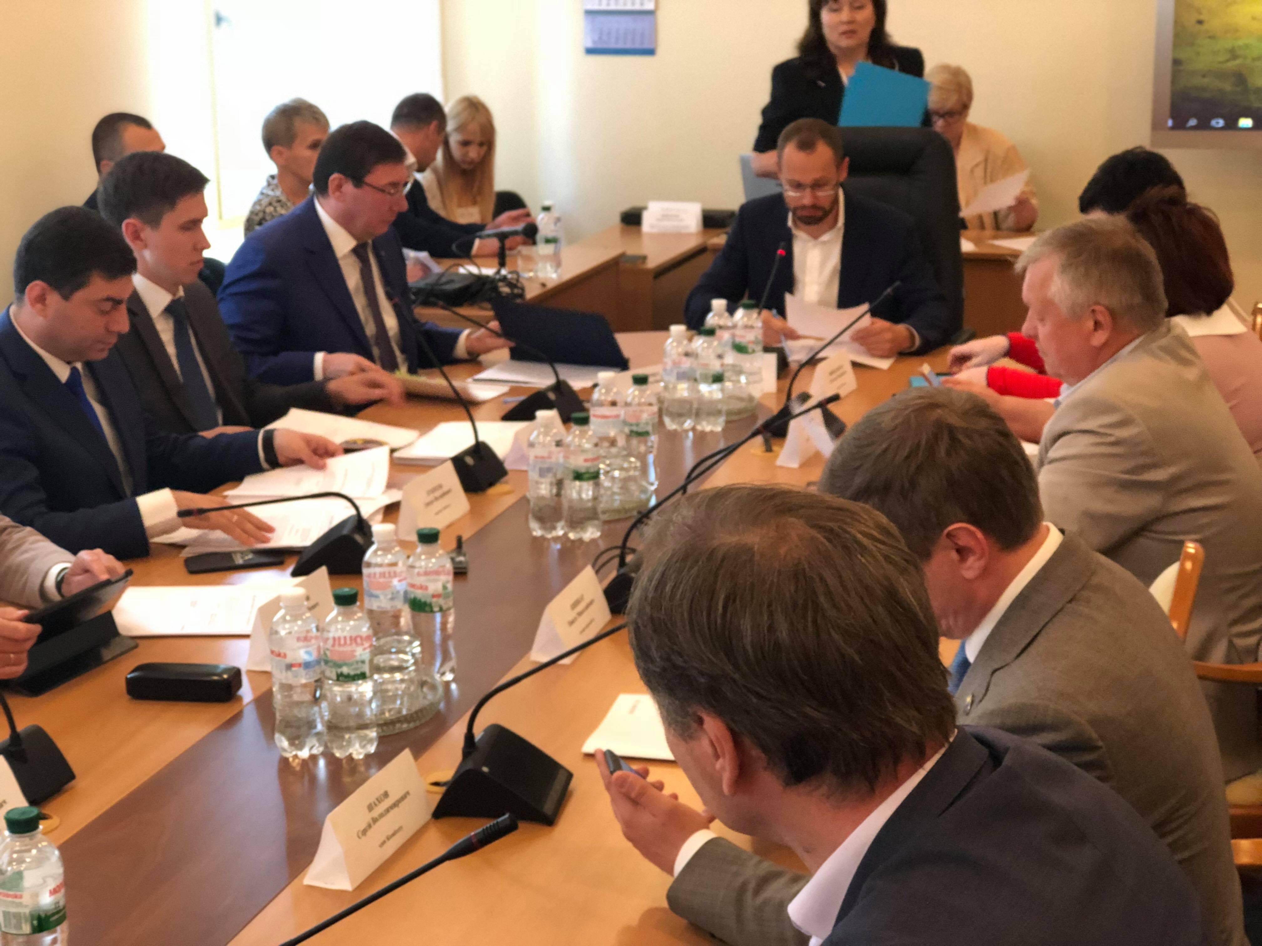 Засідання регламентного комітету