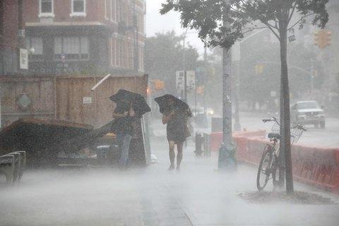 Жителів Нового Орлеана евакуюють через шторм