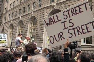 """В Нью-Йорке арестовали 700 участников акции """"Захвати Уолл-стрит"""""""