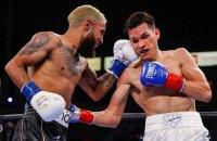 У боксерському поєдинку за два пояси в найлегшій вазі фани стали свідками справжньої рубки