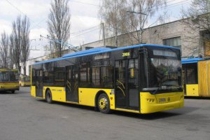 Комунальний транспорт працює в безкоштовному режимі