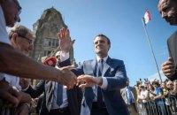 Росія шпигувала за кампанією Макрона через Facebook, - Reuters