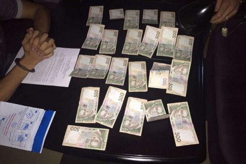 Співробітника ДСНС упіймали на хабарі в Миколаївській області