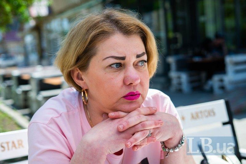 Наталія - гештальт-терапевтка, що працює з дітьми в притулках та інтернатах