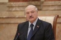Лукашенко посоветовал Украине не думать о размещении ракет средней и малой дальности