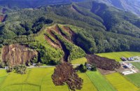 На японському острові Хоккайдо потужний землетрус спричинив руйнування, загинули люди
