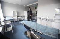 Кличко відвідав щойно відремонтовану лікарню для хворих на коронавірус