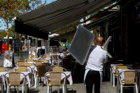 Ковид в США больше всего распространялся в ресторанах, спортзалах и гостиницах, - американские ученые