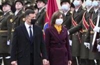 В Україну зі своїм першим закордонним візитом прибула президентка Молдови (оновлено)