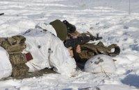 Російські найманці у неділю дев'ять разів порушили режим припинення вогню на Донбасі