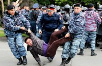 В Казахстане в день выборов задержали почти 500 протестующих