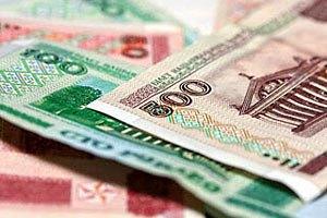 Білоруський рубль за тиждень обвалився на 15%