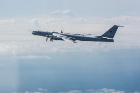 НАТО 9 разів за тиждень фіксувало польоти військових літаків Росії над Балтикою