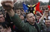 Тысячи демонстрантов в Молдове требуют отставки власти
