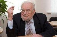 Порошенко посмертно наградил Мирослава Поповича орденом Свободы