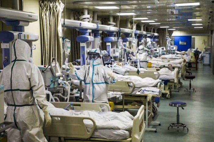 В одной из больниц Уханя, где впервые была зафиксирована вспышка коронавируса