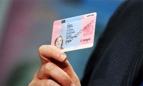 Подросткам начнут выдавать удостоверения личности
