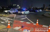 В Киеве пьяный водитель сбил двух пешеходов: один умер, пострадал сценарист Суспильного