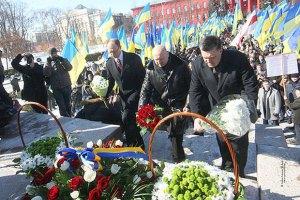 Оппозиционеры почтили память погибших в ВОВ