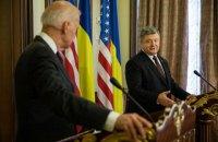 Санкции должны заставить Россию уважать международное право, - Порошенко