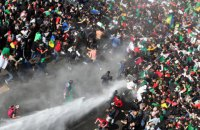 Горячий арабский апрель