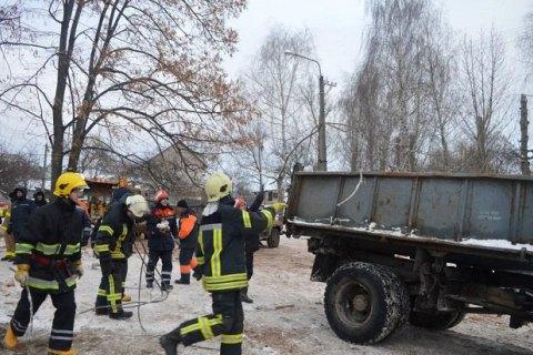 Рятувальники закінчили розбирати завали будинку в Чернігові