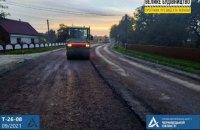 """Почався ремонт дороги до КПП """"Руська"""" і """"Шепіт"""" на кордоні з Румунією"""