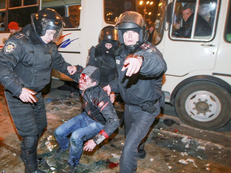 Побиття Самооборони Донецька на мітингу 13 березня 2014 року