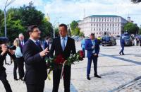 Голова МЗС Угорщини прибув до Києва