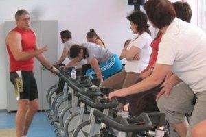 Мер Калуша дає жінкам безкоштовні уроки фітнесу