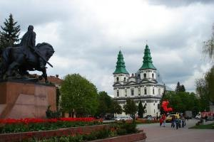 Тернополь хочет разместить воинскую часть из Крыма