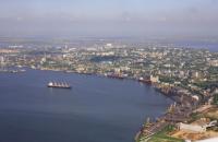 """В """"Укрзалізниці"""" заявили, що миколаївська філія АМПУ блокує її роботу на території порту"""