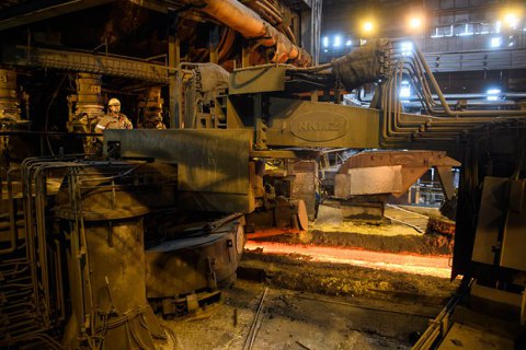 Кабмін попросив США звільнити українську сталь від 25% мита