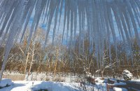 В Киеве с начала года составили более 400 протоколов за неубранный снег и сосульки