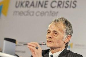 Джемилев попросил Порошенко полностью заблокировать Крым (обновлено)
