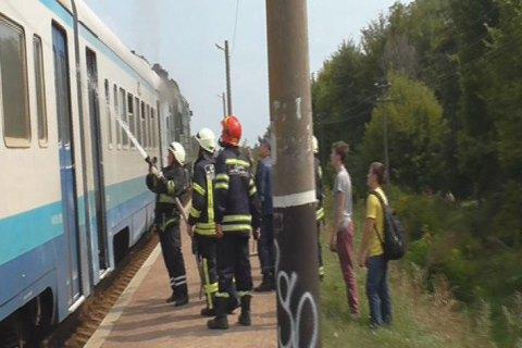 В Черкасской области во время движения загорелся вагон дизель-поезда