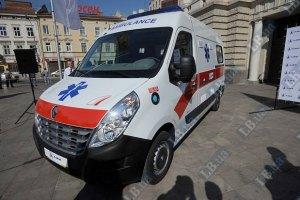 Винницкие медики получили 51 автомобиль скорой помощи