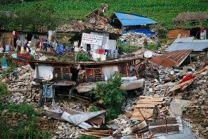 Число жертв землетрясений в Непале превысило 8,5 тыс. человек