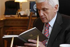 """Литвин: Конституцию нужно """"переписать"""" под требования ПАСЕ"""