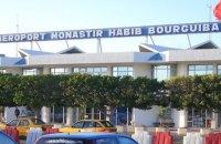 Несколько сотен украинских туристов застряли в тунисском аэропорту