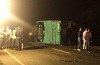 В ДТП с участием автобуса под Львовом пострадали 20 человек, один водитель погиб