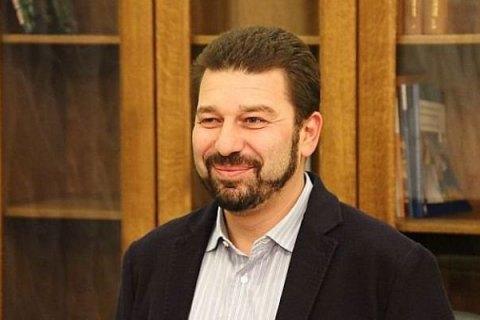 """Президент """"Зари"""" владеет особняком под Киевом, но получает компенсацию из бюджета на жилье"""