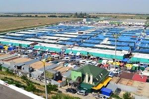 """УБОЗ викрив охоронну фірму, яка займалася рекетом на ринку """"7 кілометр"""""""