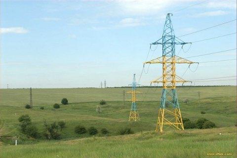 Ціна на електроенергію на новому ринку впала майже на 30%