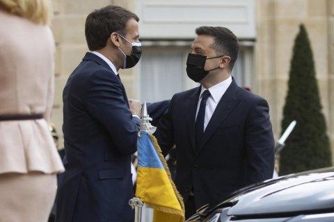 Макрон может посетить Украину в начале лета, - посол