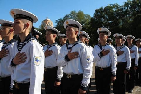 Военно-морскому лицею, переехавшему из Севастополя в Одессу, нужна помощь