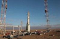Запуск російської ракети з американським супутником перенесли через сміття