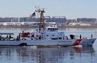 Кабмин одобрил подписание договора со США по катерам Island