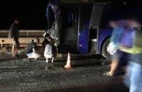 Під Одесою рейсовий автобус зіткнувся з бетономішалкою