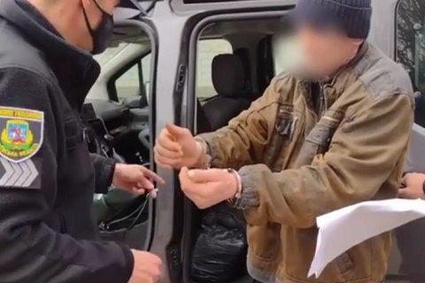 На Киевщине 49-летний мужчина изнасиловал свою 91-летнюю бабушку